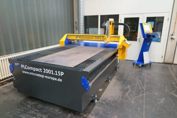 Masina debitare tabla CNC PLCompact -