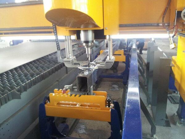Masina debitare tabla CNC MicroStep-CombiCut -